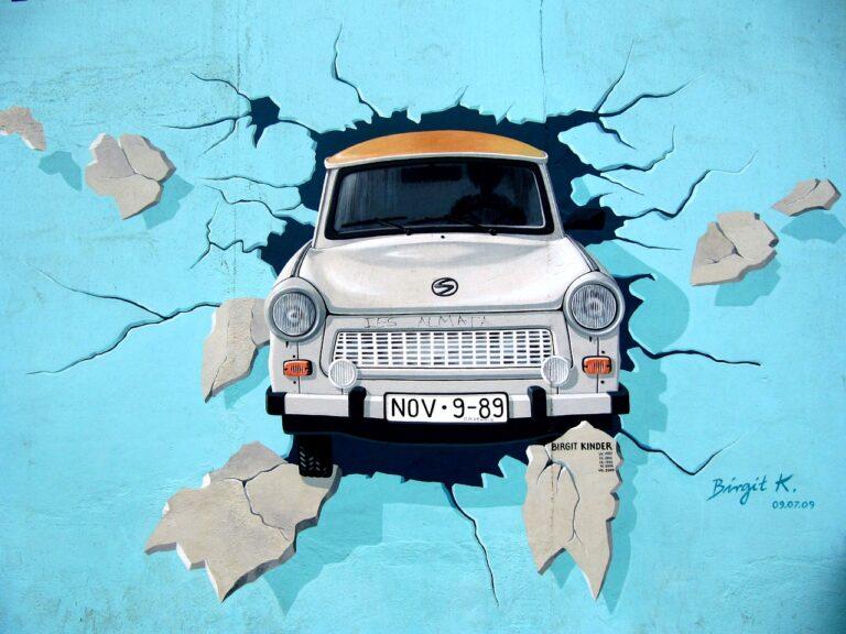 Berlin Auto Graffiti